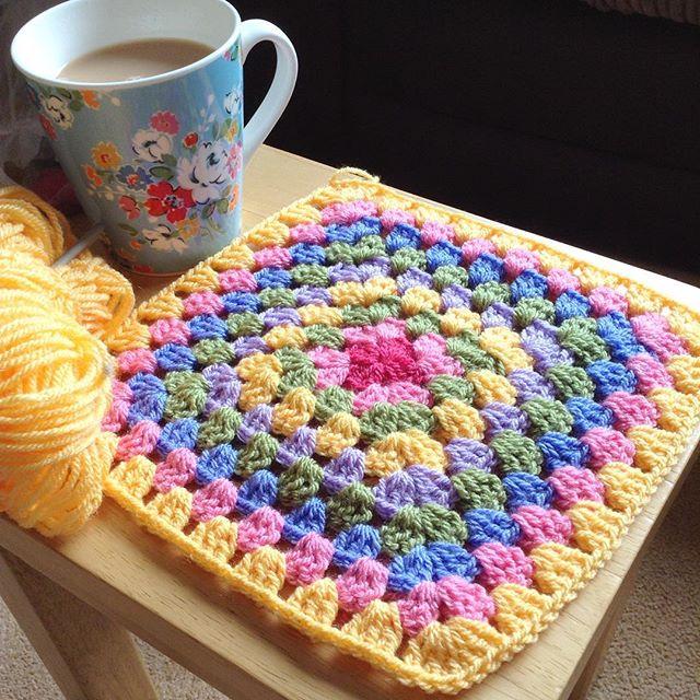 hooked__on__hooky crochet granny square
