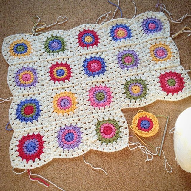 hooked__on__hooky crochet squares joining