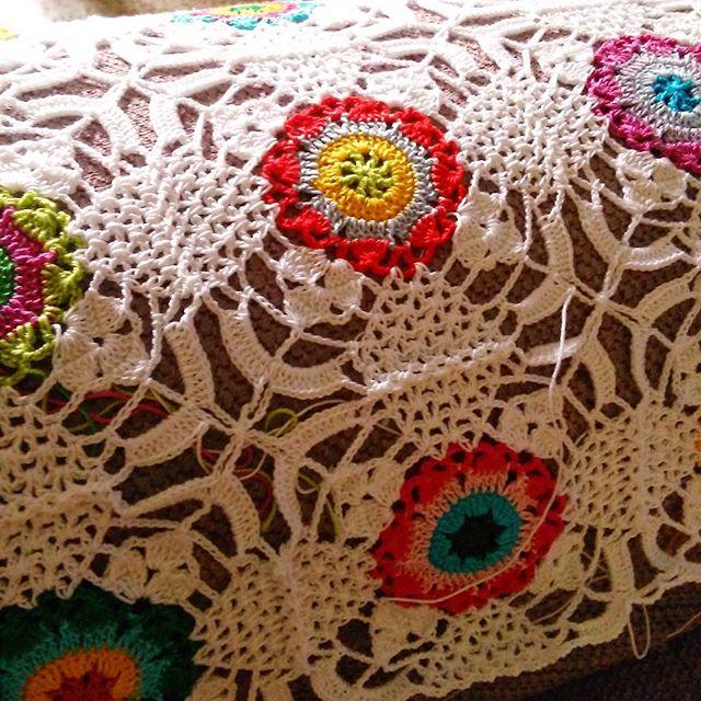 hookychia crochet rustic lace square