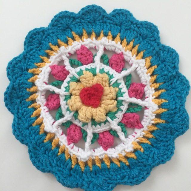 Karen's Crochet Mandala 3d