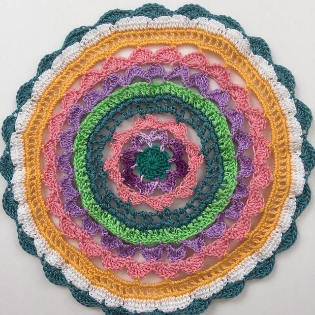 Thread crochet mandala by thread winder