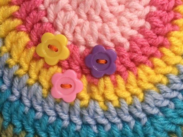 debi's crochet mandala with buttons