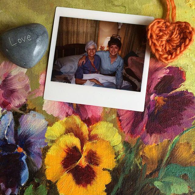 joyfuljaxcrochets.and.knits crochet memory heart day