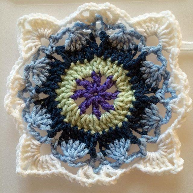 joyfuljaxcrochets.and.knits crochet rustic lace square