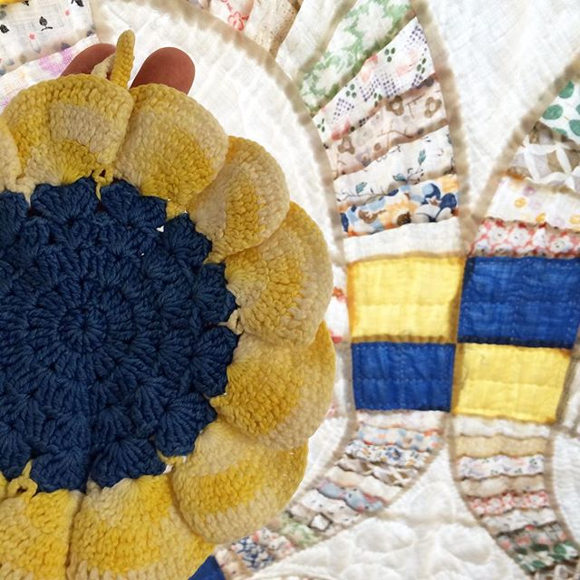 joyfuljaxcrochets.and.knits vintage crochet potholder