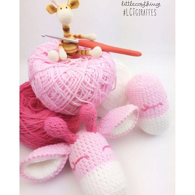 littlecosythings tiny crochet giraffe