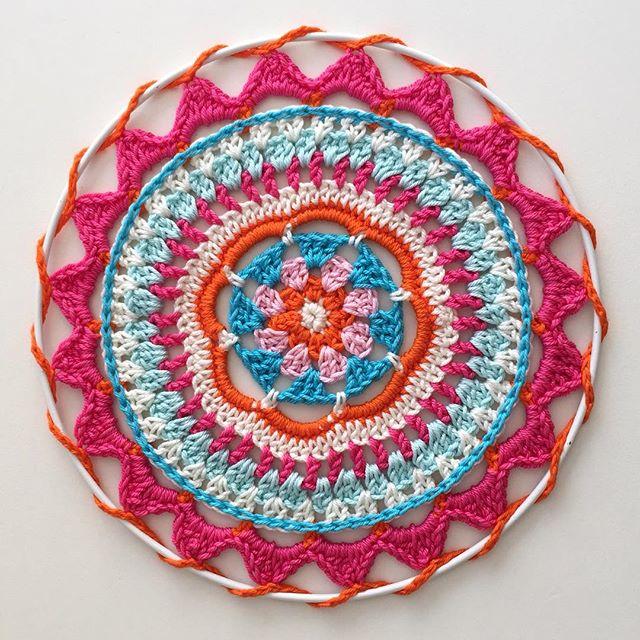 marretjeroos crochet mandala