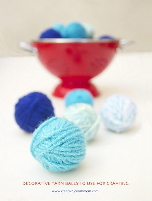 mini yarn balls tutorial