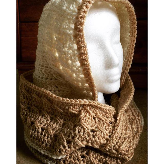 mrs-bingham crochet scoodie