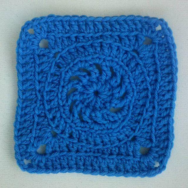 mrsdaftspanielc rochet blue square