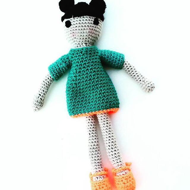 muriesu crochet doll