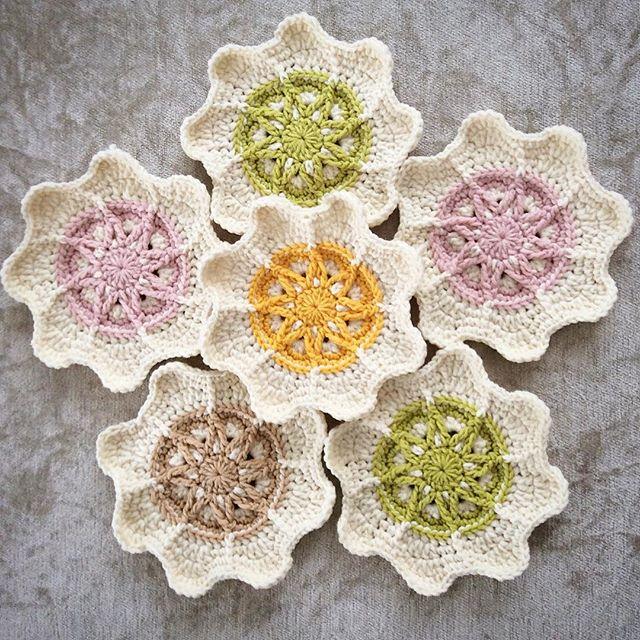 nesimerciger crochet flower