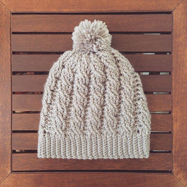 oksanamitsyak crochet cable beanie