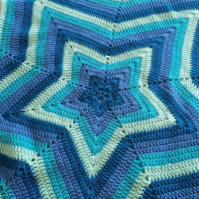 patternpiper crochet blue star ripple