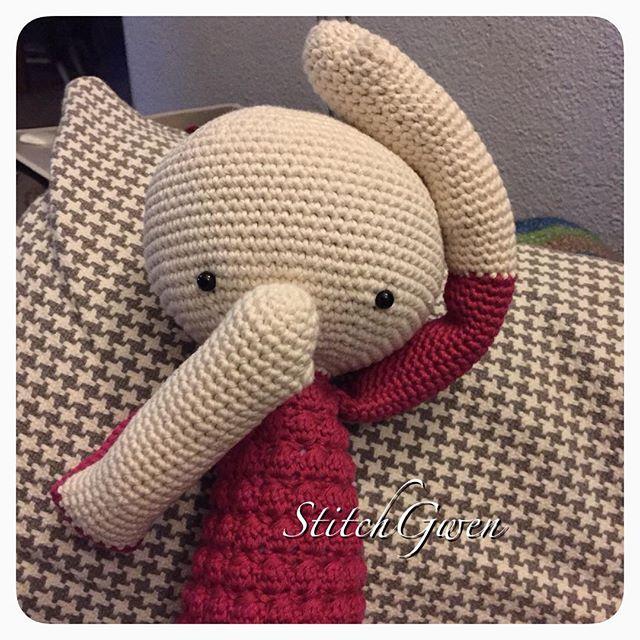 stitchgwen crochet doll