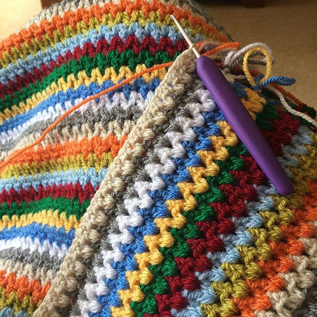 thepolkadotgiraffe crochet vstitch blanket
