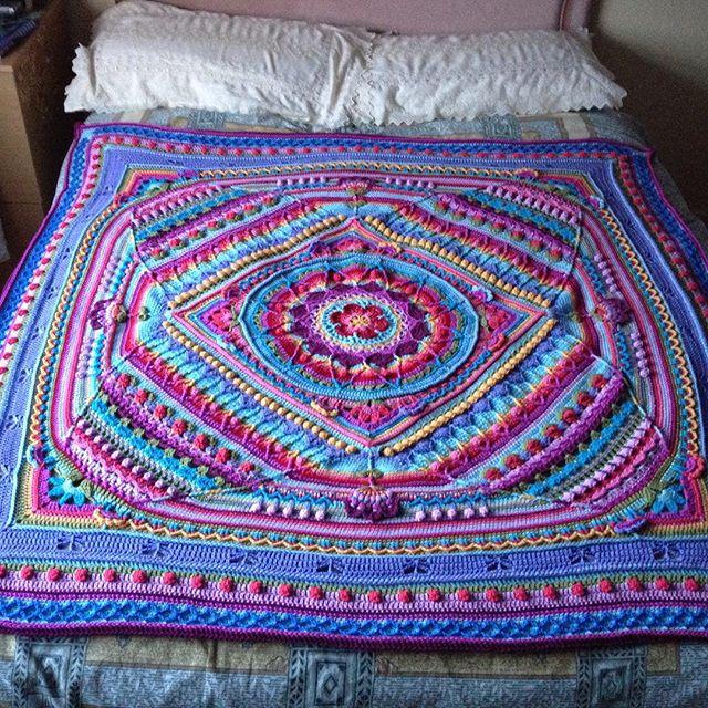 tintocktap crochet sophie finished blanket