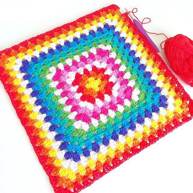 vanessakind crochet rainbow granny square