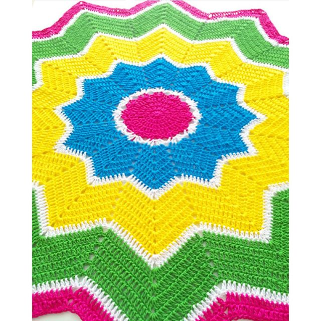 vanessakind crochet ripple star blanket neon