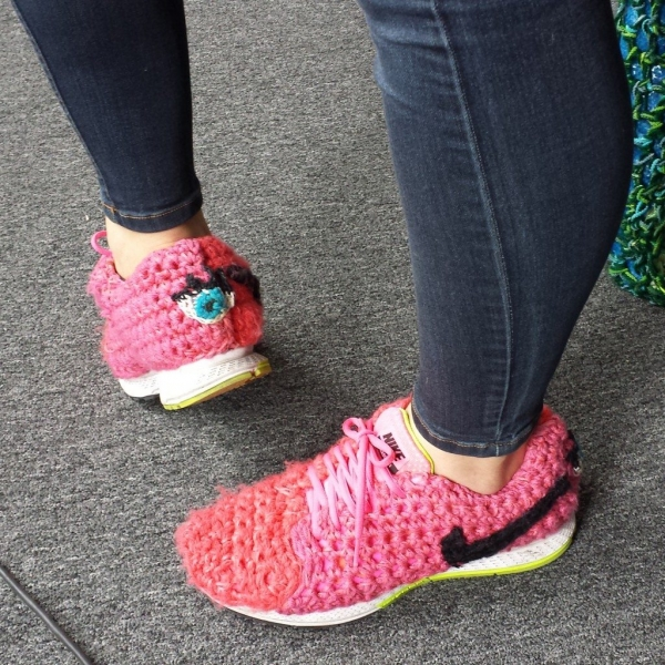 yarnbombed shoes by london kaye