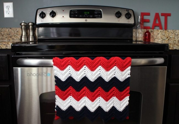 chevron kitchen towel free crochet pattern from bhooked