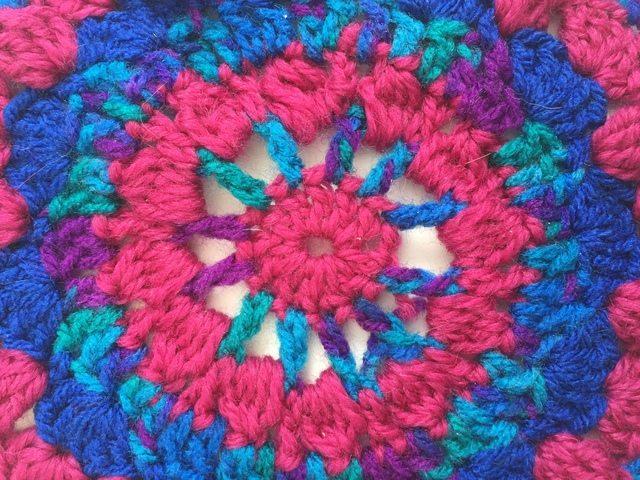 classybird crochet mandala detail