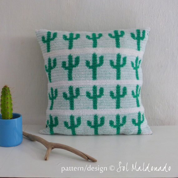 crochet cactus tapestry pillow pattern