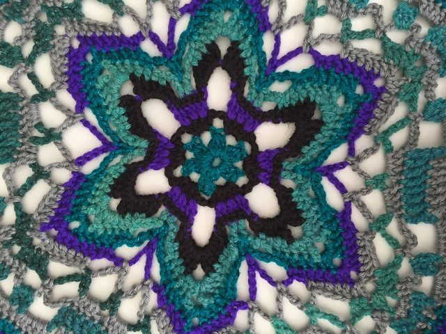 crochet star by lydia