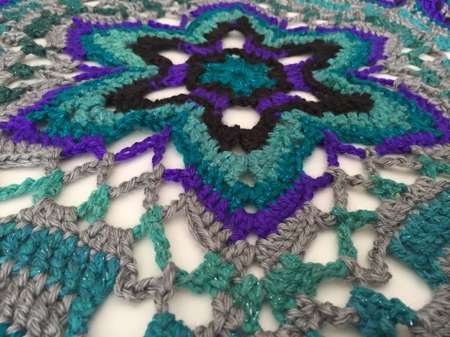 crochet star mandala for marinke from lydia