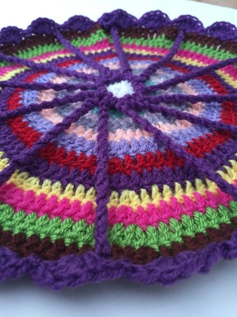 jan crochet mandala
