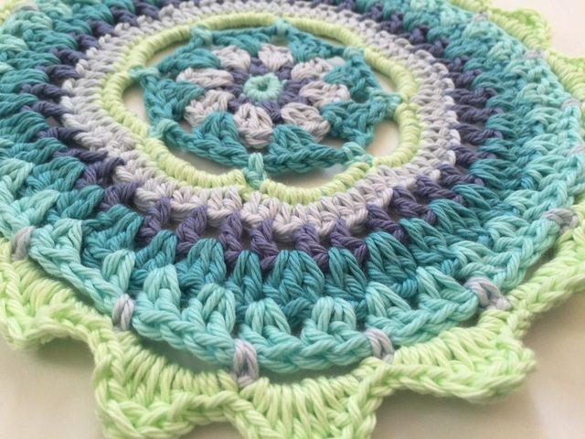Carolyn Christmas Neon Crochet MandalasForMarinke