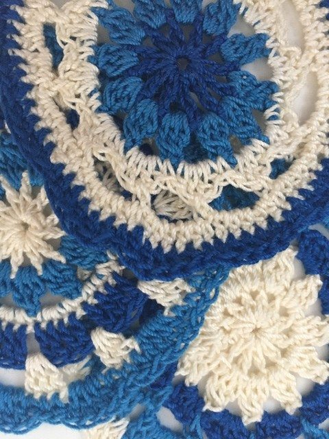 Sarah Bradley's Crochet Mandalas For Marinke detail