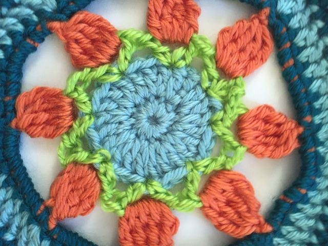 brendas crochet mandalas for marinke center detail