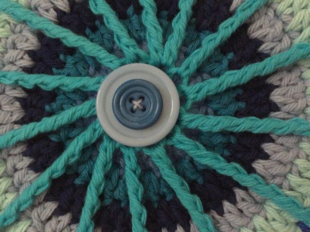 cayty crochet mandala button detail