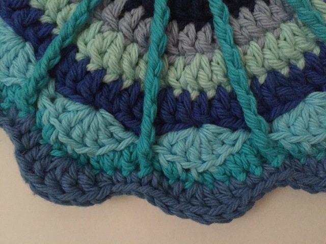 cayty crochet mandalas for marinke detail