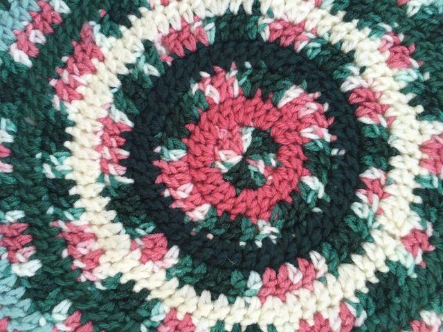 center detail of marcias crochet mandala