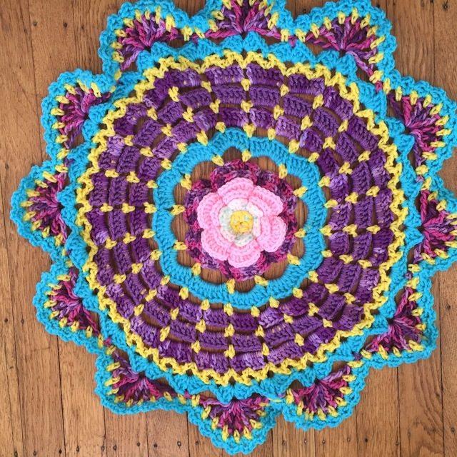 crochet mandala by dianna