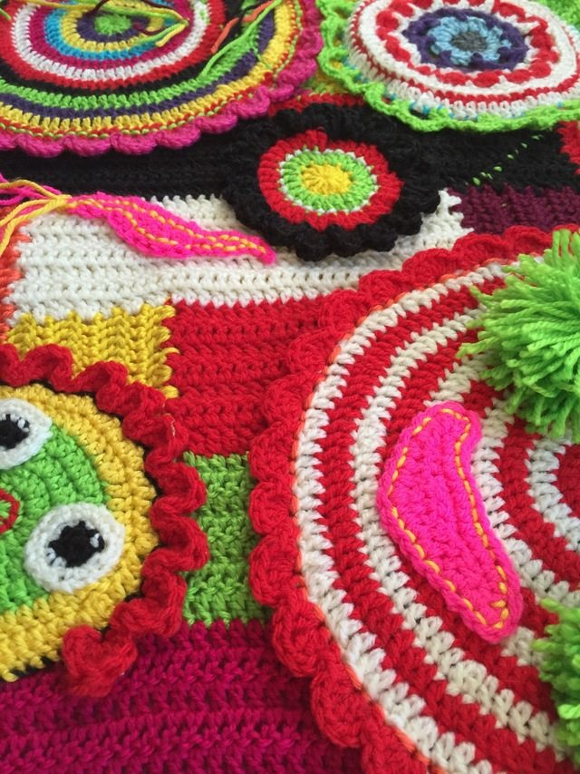 kerry's crochet mandala art for marinke