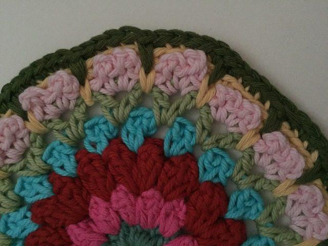jeanette crochet mandala detail
