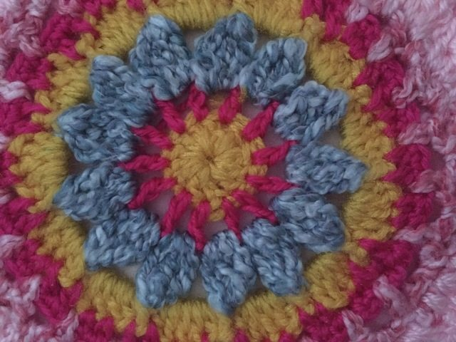 joanne crochet mandalas for marinke.jpg center detail