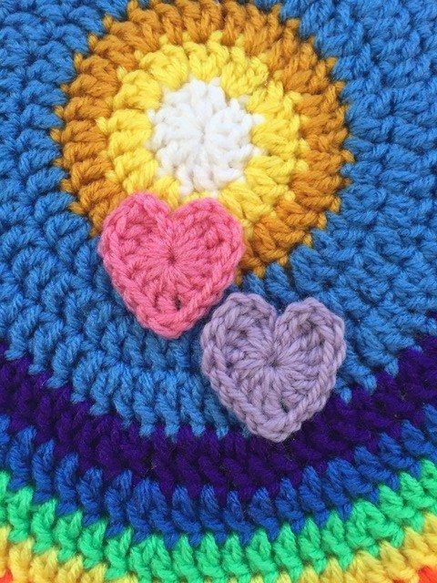 linda crochet hearts mandala