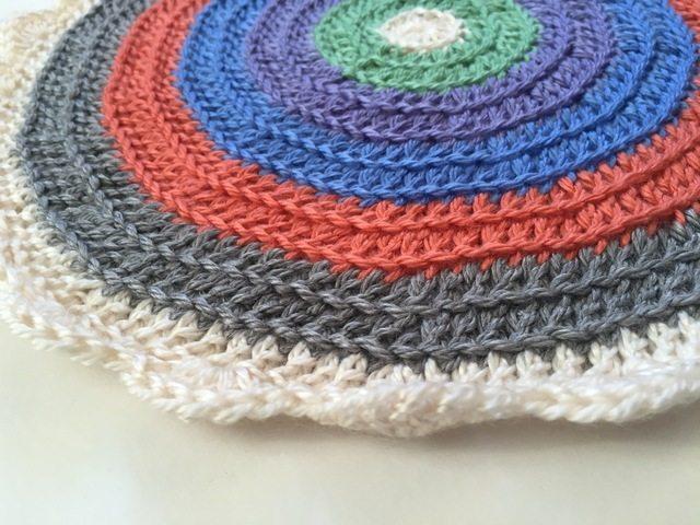 linda crochet standard mandala