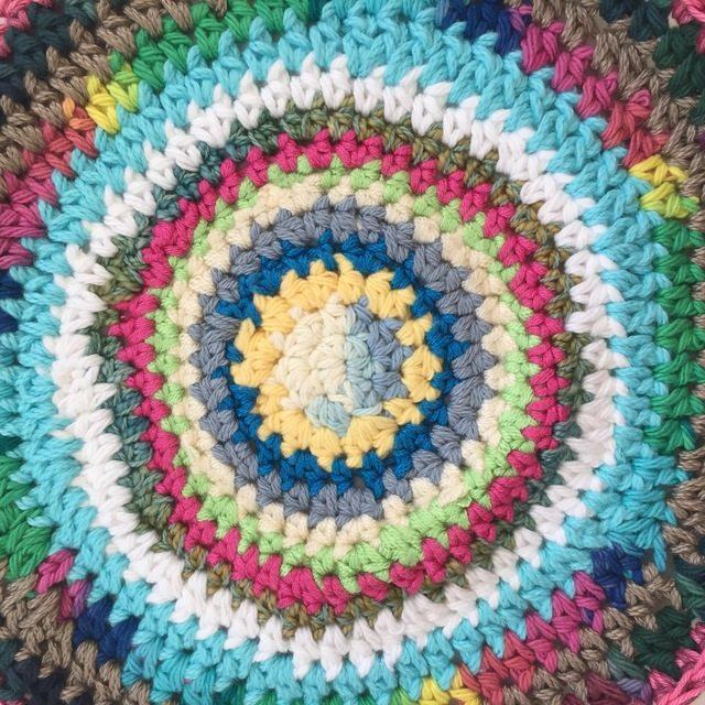 marcia crochet mandala center detail