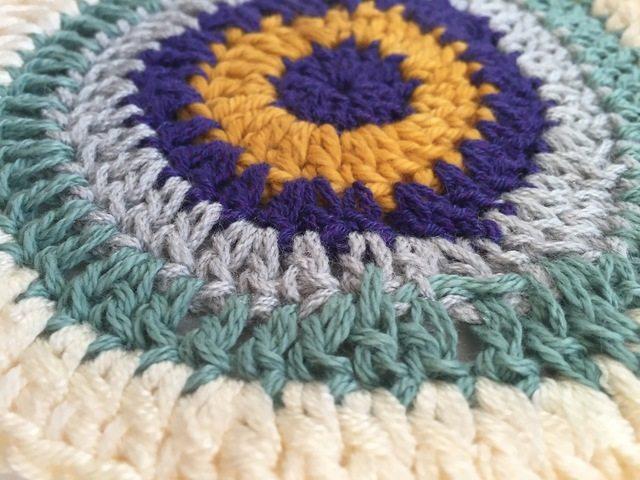 marcia mini crochet mandala