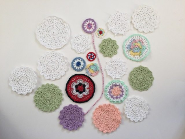small crochet mandalas by dianna