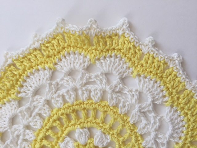 stephs crochet mandalasformarinke - yellow