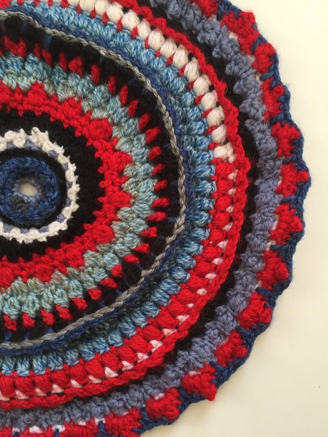 daniellajoe red crochet mandalas for marinke
