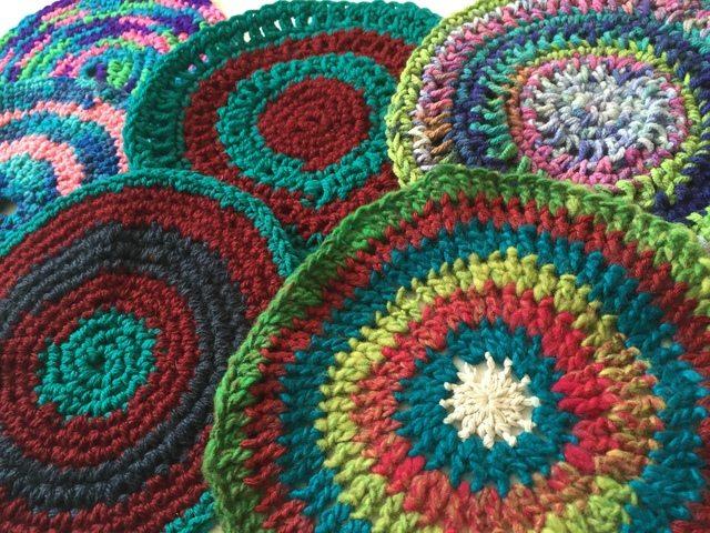 jenniesyarnshop crochet mandalas to wink