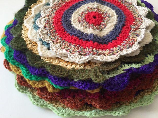 jenniesyarnshop crochet mandalasformarinke stack
