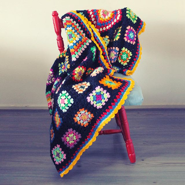duduhandcraft crochet granny square blankets